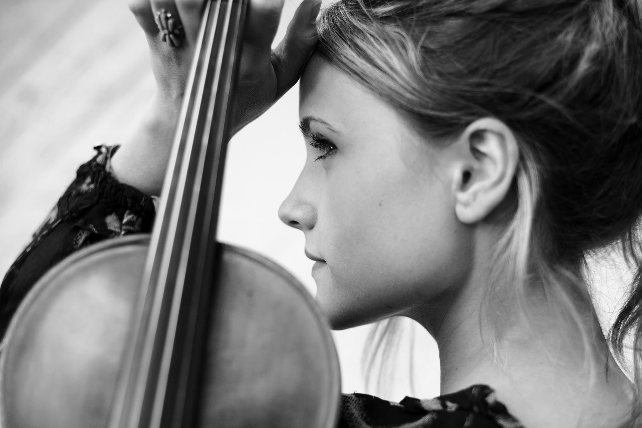 Kathryn Skudera Haddad Violinist
